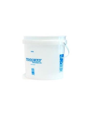 2 Gal Plastic Bucket
